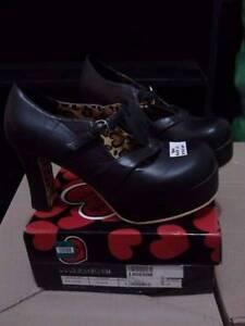 T.U.K. black platform shoes with leopard print (EU42) Munno Para Playford Area Preview