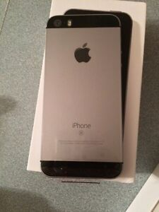 Brand new iPhone SE ROGERS