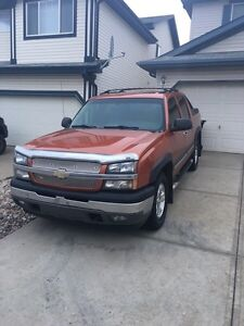 Mint 2005 Chev Z71 Avalanche LOW KMs Strathcona County Edmonton Area image 3
