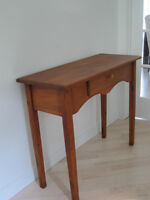 Table d'appoint (console) en pin massif