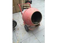 Cement mixer for sale £140