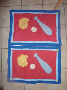 Very cute boys' partially handcrafted quilt with 2 shams Kitchener / Waterloo Kitchener Area image 1