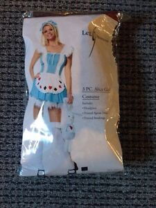 Alice Halloween costume