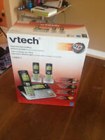 BRAND NEW Vtech 3 Handset Answering System with Caller