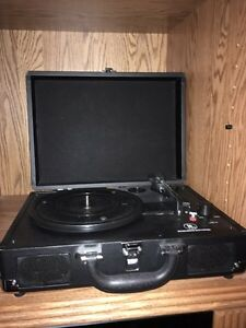 Vintage style case turntable record player