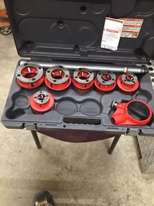 "700 RIDGID c/w 1/2""-2"" dies and chain vice"