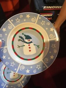 Christmas dish set  Kitchener / Waterloo Kitchener Area image 2