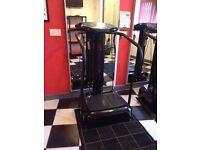 Vibro plate fitness machine
