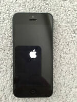 IPHONE 5 16GB (TELUS,KOODO,PUBLIC MOBILE) GOOD CONDITION