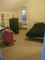 1 ROOM AVAILABLE IN 3 BEDROOM APARTMENT 1 MIN AWAY FROM uOTTAWA
