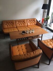 Vintage leather 3 seater sofa and 2 armchairs