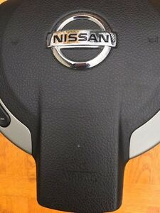 2008-2009 Nissan Rogue Airbag Without Bluetooth control St. John's Newfoundland image 2