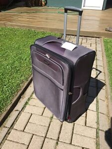 Sampsonite Luggage