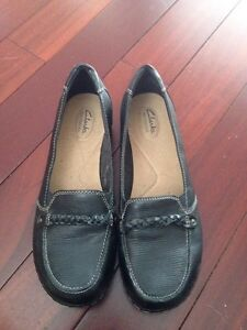 Brand Name ladies shoes. Sizes 10/11
