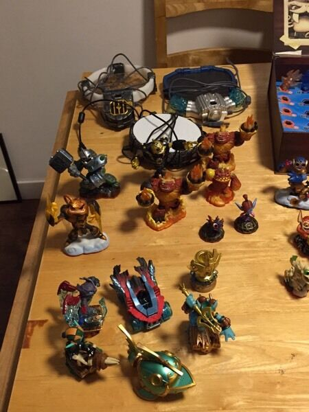 SKYLANDERS PORTALS, PIECES AND ACCESSORIES FOR SALE