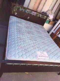 chocolate color wooden queen size bed frame mattress, can deliver