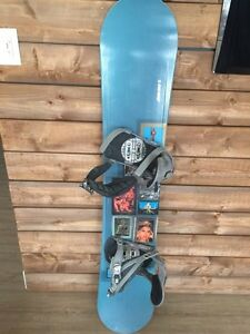 Women's snowboard, boots (size 7) bindings London Ontario image 2