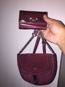 Small guess purse and mini wallet  London Ontario image 3