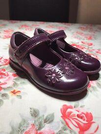 Girls Clarks purple lights shoes 8F