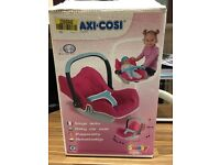 Boxed smoby dolls car seat