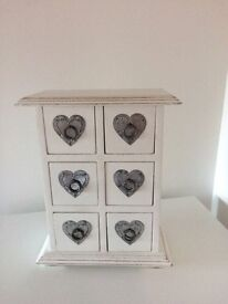 Vintage style wooden jewellery box, heart design