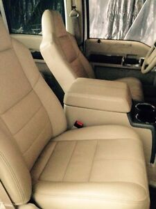 2008 Ford Superduty Leather Seats/ Console