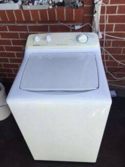 great working 4.5 kg heavy duty simpson top washing machine , can