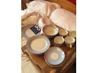 Royal Doulton 20pcs dinner set