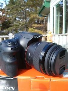 Sony Dslr Bundle With 3 Lenses And A Bag