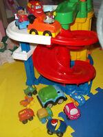 jouets enfants et service de guarde