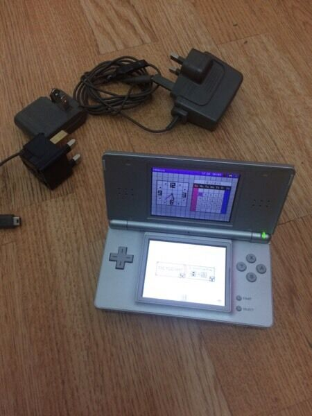 Nintendo DS lite with charger No games