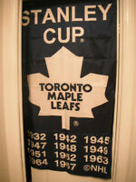 Toronto Maple Leafs collectables / item