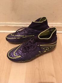 Nike purple and green hypervenum ankle football boots size 5
