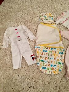Lot of newborn/ preemie clothes + 10$ off breastpump coupon West Island Greater Montréal image 2