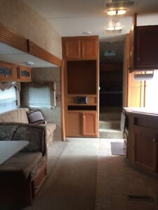 2009 Four Winds Fifth Wheel Strathcona County Edmonton Area image 4
