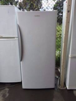 modern large 370 liter fisher &paykle fridge only , can delivery