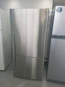 ( MFF 082 ) Second Hand FISHER & PAYKEL S/steel UPSD 519L F/F Bundall Gold Coast City Preview