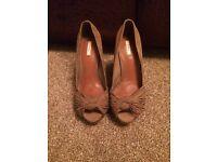 Zara - size 5 - tan heels