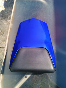 YAMAHA R1 2000-2001 OEM SOLO SEAT COVER