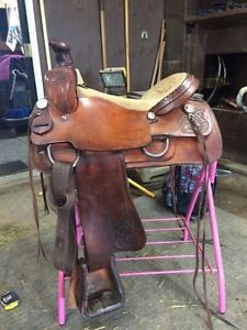 Lots of tack. NEED GONE