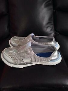 QUAD LITE CASUAL/ATHLETIC SHOES (SIZE 8.5)