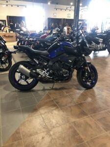 2018 Yamaha MT-10 Yamaha Blue