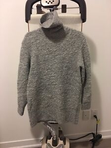 Aritzia pullover Mohair long sweater size XS Kitchener / Waterloo Kitchener Area image 1