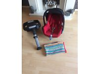 Maxi cosi car seat and Easyfix base both in excellent condition