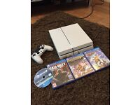 PS4 limited edition glacier white with 4 games