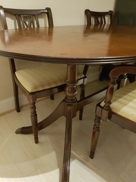 EXCELLENT QUALITY EXTENDING 6 SEATER DINING TABLE AND 6 ...