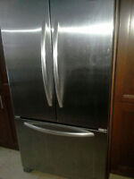 KitchenAid Fridge (Model No. kbfs25ewms3)