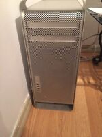 Mac Pro Quadcore ( Screen , mouse and key board included)