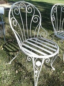 SET OF 4 VINTAGE WROUGHT IRON CHAIRS