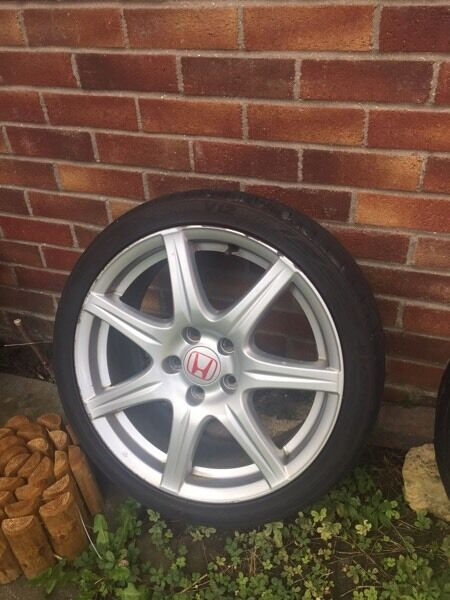 Rims and tyres Honda Civic Type Rin Hartford, CambridgeshireGumtree - 4 x rims and tyres for Honda Civic type R. All good condition no welds or cracks